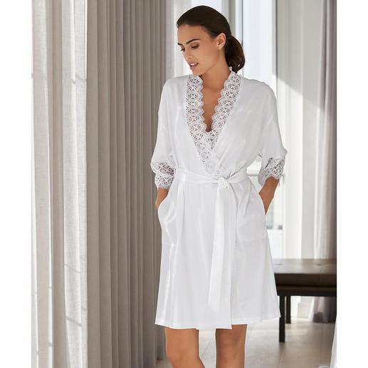 Kimono en dentelle Rösch L'élégant kimono en dentelle du spécialiste allemand de la lingerie de nuit et des vêtements de détente, Rösch.