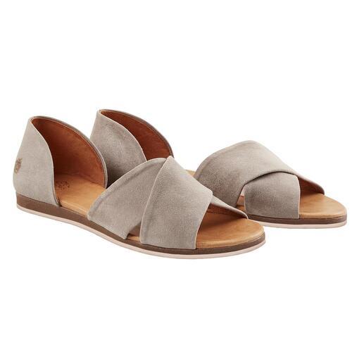 Sandales à brides croisées Apple of Eden, Gris Très « fashion » et plus élégante que la plupart des autres sandales. À un prix très équitable.