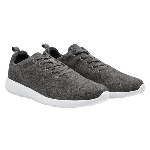 Sneaker en laine de 170 g La sneaker de 170 g : une combinaison ultra légère de laine bouillie tendance et de mousse EVA.