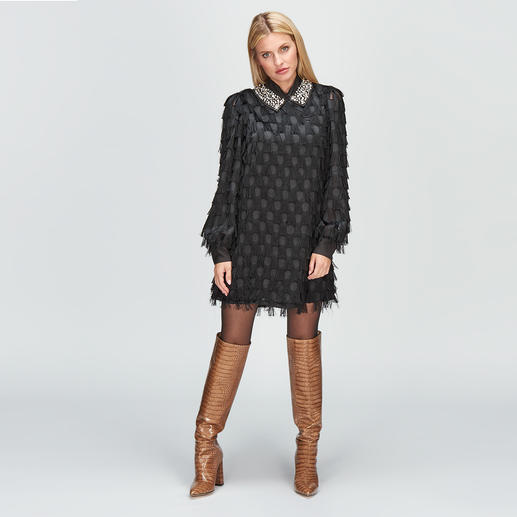 Black Dress be Blumarine Franges, pois, col orné : design Blumarine spectaculaire – mais sans le prix exorbitant du designer.