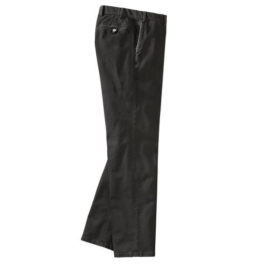 Pantalon Constant-Colour-Chino Hiltl Le pantalon chino foncé, dont les couleurs ne s'estompent pas. Teinture réactive.