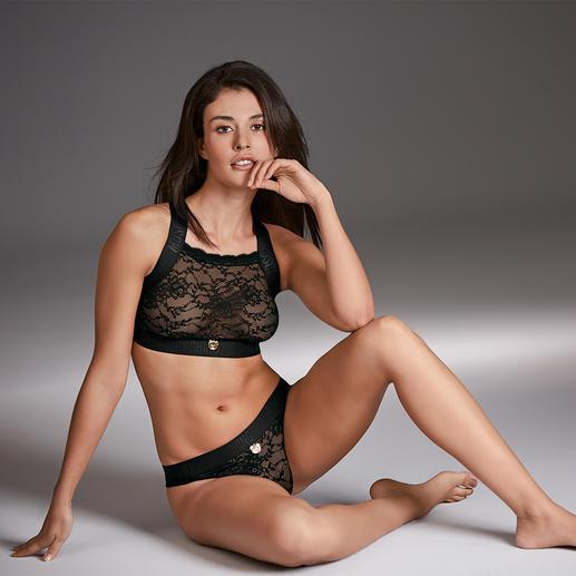 Bustier et slip en dentelle Underwear Moschino Le sport couture de la lingerie : dessous en dentelle de la marque tendance italienne Moschino.