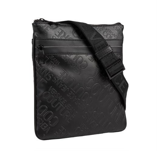 Sac logo Versace Jeans Couture Impression logo à la mode. Forme sac à bandoulière pratique avec suffisamment d'espace pour vos essentiels.