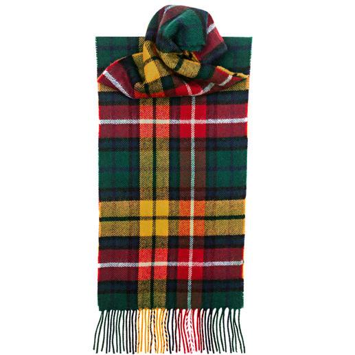 Les écharpes à carreaux sont légion. Mais celles aux tartans enregistrés sont rares. Motif Thompson Camel Modern original. Pure laine. Fabriqué en Écosse par Lochcarron.