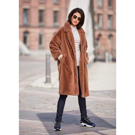 Manteau en fausse fourrure Betta Corradi Le manteau classique de demain. En fausse fourrure de luxe. Du spécialiste de la fausse fourrure Betta Corradi.