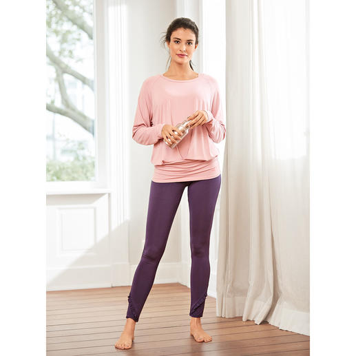 Pantalon, shirt et débardeur yoga à volant Curare L'ensemble d'intérieur sans doute le plus confortable que vous n'ayez jamais porté. De Curare Yogawear.