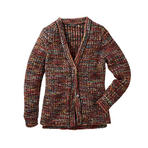 Veste multicolore tricotée main Kero Design Teinté et tricoté à la main : le cardigan multicolore qui va avec tout ! Par Kero Design, Pérou.