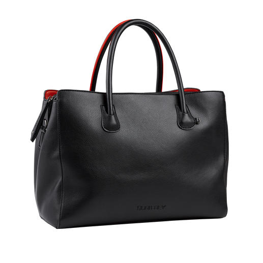 Raffiné et souple comme le cuir. Raffiné et souple comme le cuir. Le sac hobo tendance à un prix très modéré.