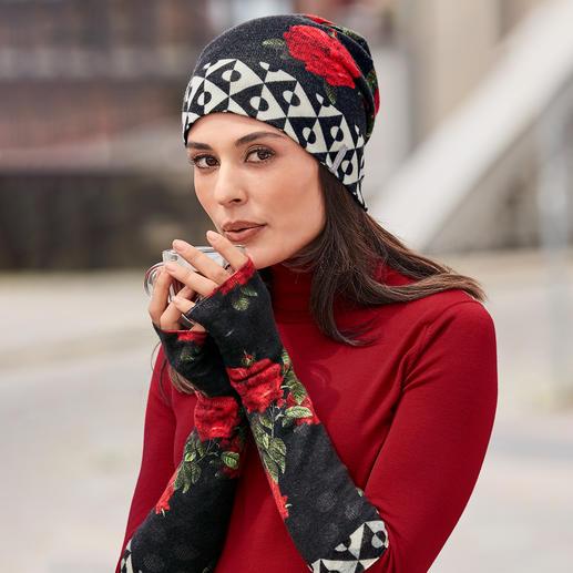 Bonnet et mitaines réversibles en cachemire Aujourd'hui un motif graphique. Demain un motif floral. Mais toujours incroyablement doux et chaud.