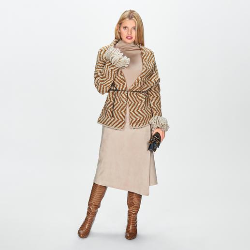Cardigan cache-coeur Ultra Low Luxe Une pièce haute couture faite main avec amour du détail : le cardigan cache-cœur de Ultra Low Luxe.