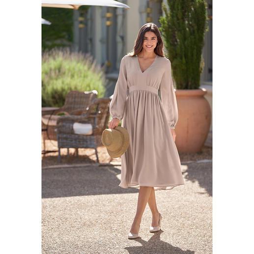 Robe en soie empire SLY010 Article de haute couture aujourd'hui, petit favori de demain pour de nombreuses occasions. De SLY010.
