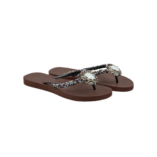 Sandales entre-doigts Deluxe Uzurii, brun Autrefois une simple chaussure de plage. Aujourd'hui star incontestée de la mode.