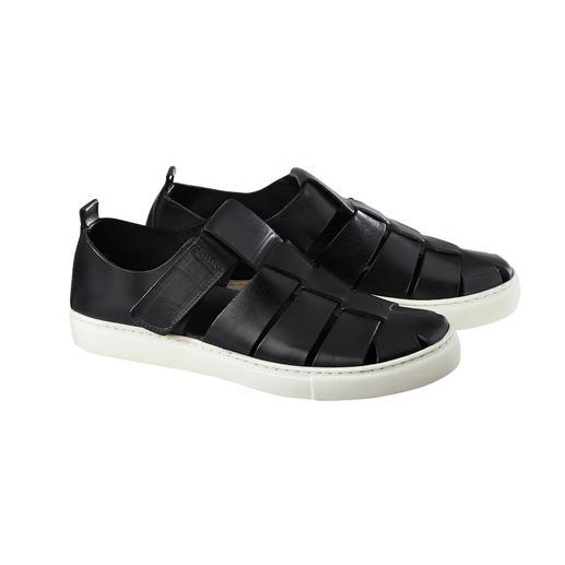 Sandale sneaker Forme sandale aérée. Semelle basket confortable. Et haute qualité made in Italy. La sandale sneaker moderne.