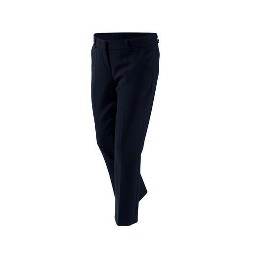 Pantalon raccourci, Robe droite ou Blazer Couture NVSCO Le blazer, le pantalon et la robe ont une coupe contemporaine, un ajustement parfait, un matériau confortable.