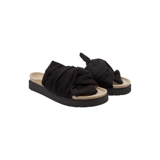 Mules à noeud Inuikii Plus nobles que les mules tendances au look de chaussures orthopédiques. Mais tout aussi confortables.