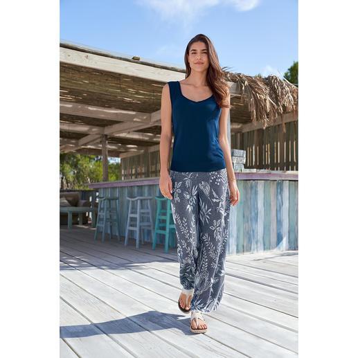 Pantalon tricot jacquard ou Haut en maille fine Ivko Tricot estival léger au look allover tendance. Haut structuré et pantalon jacquard de Ivko, Serbie.