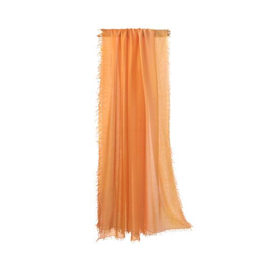 Foulard dégradé Ancini Couleurs particulièrement brillantes grâce au MicroModal® : le foulard au dégradé teinté à la main, par Ancini.