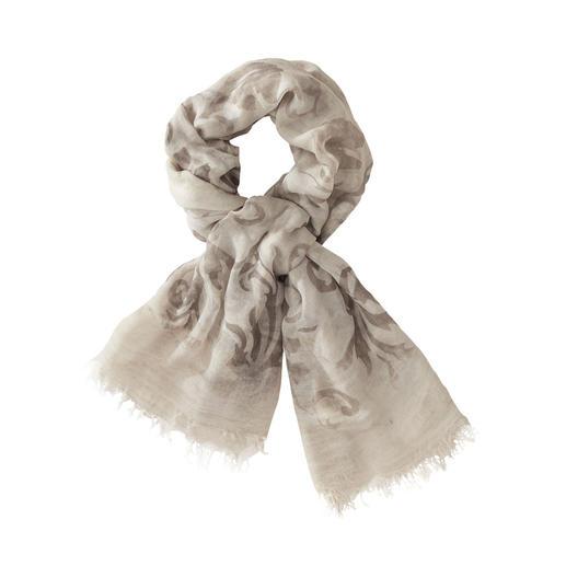 Foulard vintage Ancini Le foulard incroyablement doux et aux couleurs brillantes parmi les modèles vintages à la mode. De Ancini.