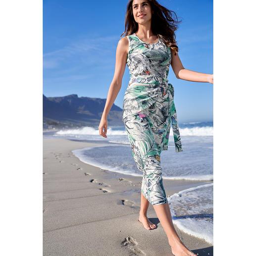 Robe infroissable sans manches La robe infroissable facile d'entretien. Lavée, séchée, prête à être portée.