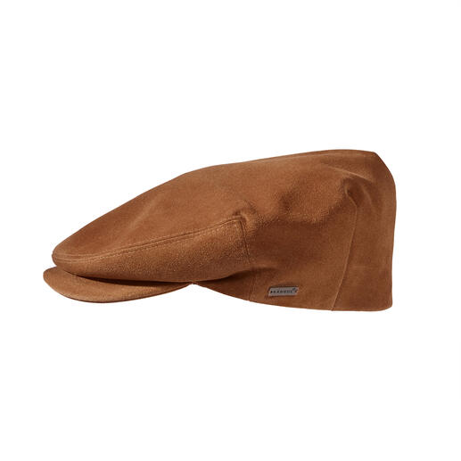 Casquette plate en suède Kangol® Beaucoup plus souple (et en même temps plus durable) que les casquettes plates en tissu désormais tendances.