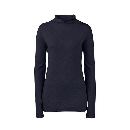Veste en bouclé, Pantalon tricot ou Pull à col roulé LABO.ART Basique et accrocheur à la fois : l'ensemble épuré en jersey de laine doux.