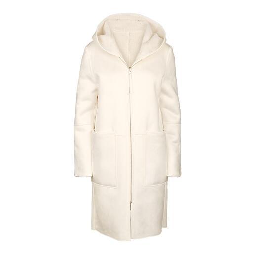 Manteau réversible en fausse fourrure Betta Corradi Le manteau design abordable de Betta Corradi, spécialiste italien de la fausse fourrure.