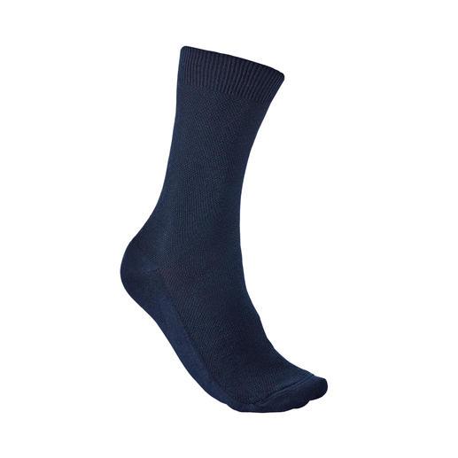 Chaussettes en piqué Democratique Agréablement confortable et pourtant si rare : la chaussette en piqué. De Democratique/Copenhague.