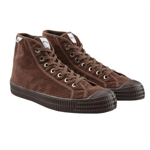 Chaussures Novesta Velours de coton chaud et durable. Semelle vulcanisée résistante. De Novesta/Slovaquie.