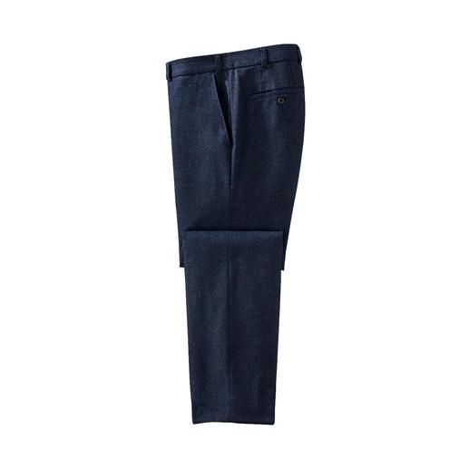 Pantalon tweed noble Preuve qu'un pantalon en tweed peut être aussi doux, léger (et pourtant agréablement réchauffant).