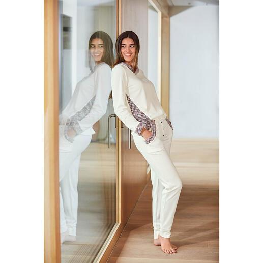 Sweatshirt ou Pantalon sweat HFor, ivoire/rosé Agréablement confortable. Tendance porté en extérieur. Et abordable. L'ensemble détente du label belge HFor.