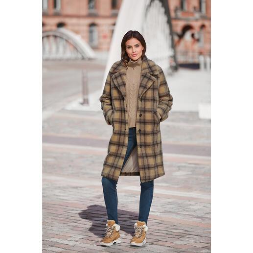 Manteau à carreaux et fausse fourrure molliolli Le manteau d'hiver favori de 2020/2021 : le manteau à carreaux en fausse fourrure de molliolli ECO-FUR.