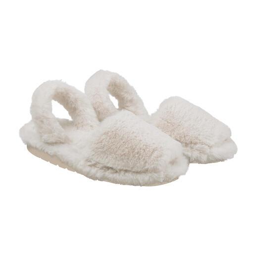 Pantoufles en peluche Avarcas Douce. Tendance. Et fabriquée à la main selon l'ancienne tradition de Minorque. Par RIA.