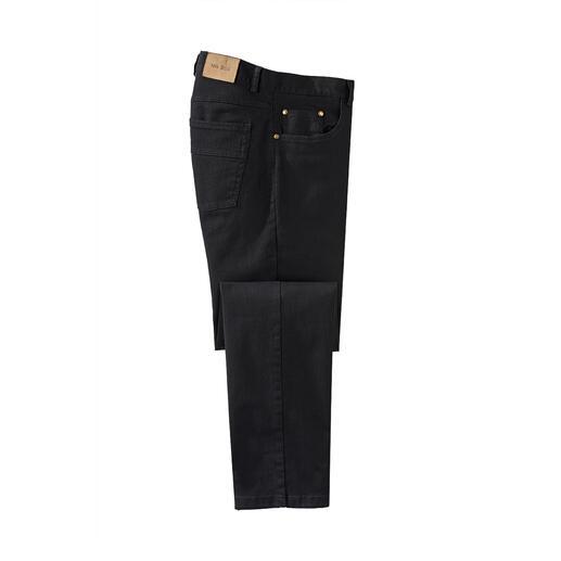 Jean Perma Black Enfin un jean qui conserve réellement sa couleur. Le noir reste noir. Lavage après lavage.