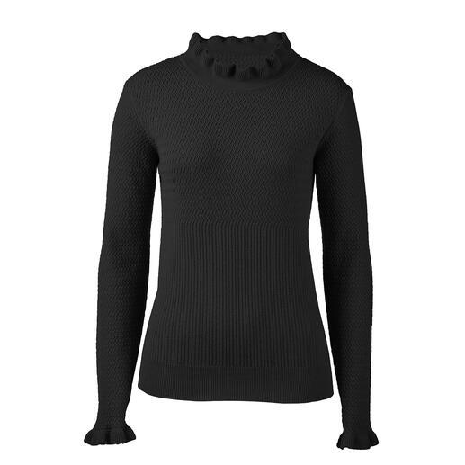 Pullover à volants et motifs Volants, mélange de motifs, couleur noire : 3 tendances – sans être criard pour autant.
