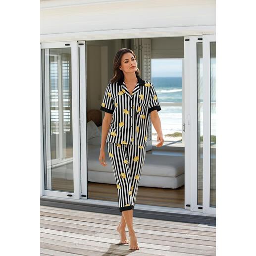 Pyjama Lemon Stripe DKNY Le pyjama de Donna Karan New York. Aussi tendance qu'un article haute couture.
