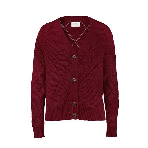 Veste à carreaux en alpaga La veste en alpaga et à grosses mailles légère, avec motif diamant intéressant.