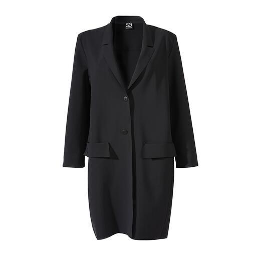 Manteau blazer Sassenbach Épuré. Noir. Minimaliste. Féminin. Le manteau blazer classique et contemporain de Sassenbach.