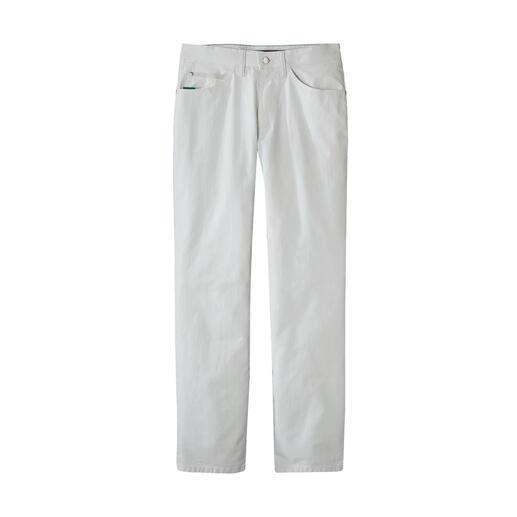 Jean estival opaque Le jean opaque parmi les jeans d'été blancs.