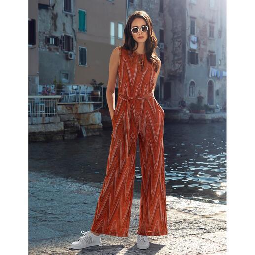 Combinaison glamour M Missoni Motif en zigzag incomparable. Tricot jersey très délicat, dimensionnellement stable avec un reflet chatoyant.