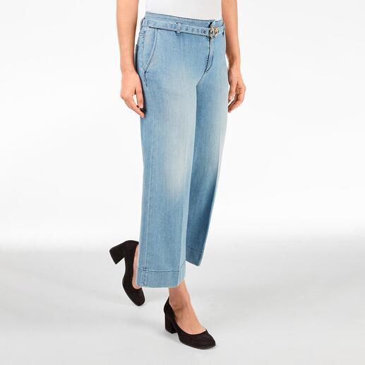Jean culotte Light Denim Pinko Le jean culotte tendance dans une version adulte élégante. De Pinko, Italie.