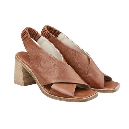 Sandales à bandes croisées Ducanero® Ennoblies à la main : les sandales à lanières croisées tendance au look antique.