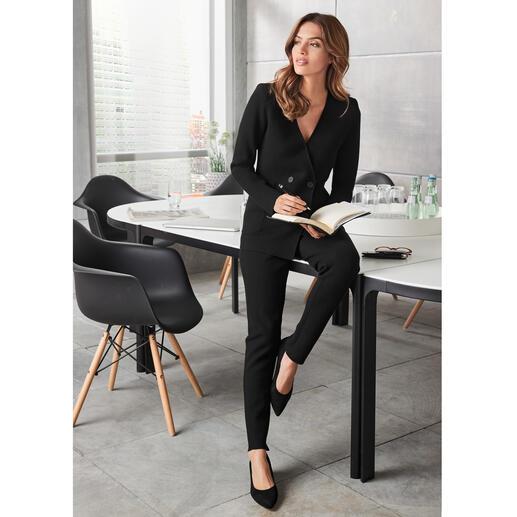 Pantalon ou Blazer en viscose TWINSET Visuellement aussi élégant qu'un pantalon tissé, mais beaucoup plus confortable. De TWINSET.