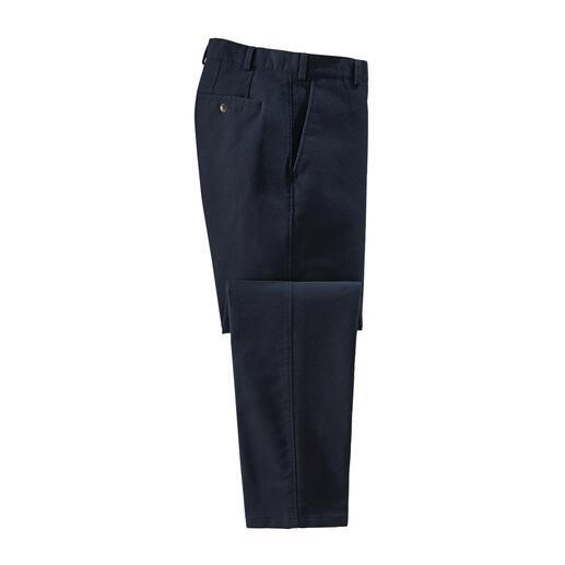 Chino Moleskin Rare trouvaille : le pantalon d'hiver en moleskine. Tissu velouté et quasiment coupe-vent. En coton respirant.