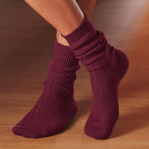 Chaussettes cachemire Corgi Un luxe rare : des chaussettes épaisses en 100 % cachemire bifilaire.