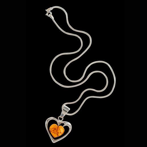 Chaîne avec cœur en ambre Plus de 40 millions d'années – capturées dans ce bijou ultrafin.