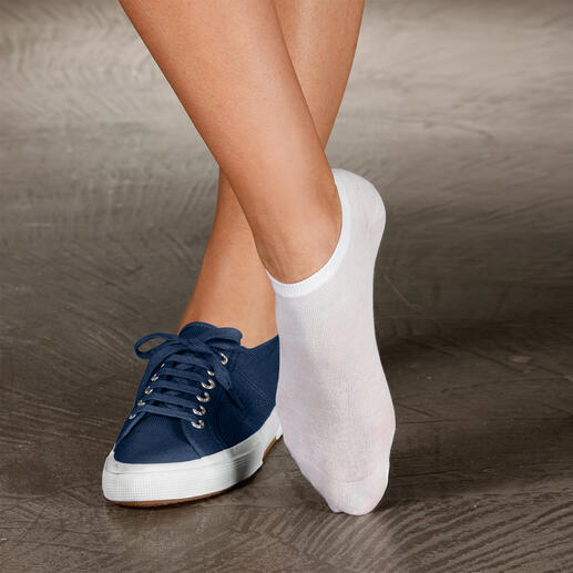 Chaussettes d'été, lot de deux paires Des chaussettes indispensables si vous préférez porter vos chaussures pieds nus  l'été.