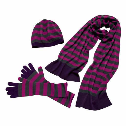 Gants montants, Bonnet ou Écharpe double à jauge 30 Vous ne trouverez guère d'accessoires en tricot plus fin. De John Smedley.
