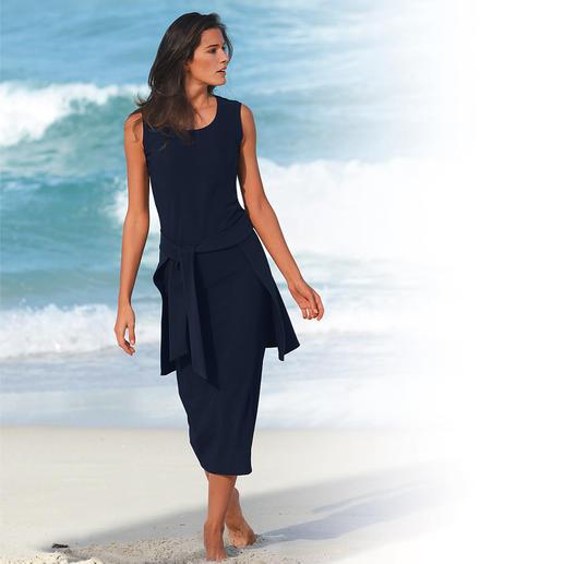 Robe infroissable (sans cacheur) La robe infroissable facile d'entretien. Lavez, séchez, la voilà prête à portée.