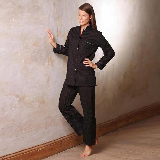 Pyjama dames « Points caviar » ou Pyjama hommes « Black Satin » L'élégant costume noir pour la nuit. Pour femmes et hommes.