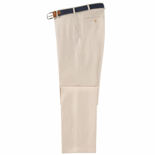 Pantalon de voyage Nano Le pantalon de voyage idéal : étonnantes propriétés antitache, ne nécessite aucun repassage sur le long terme.